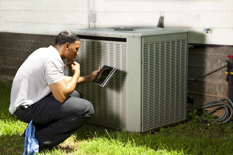 AC Technician Outside